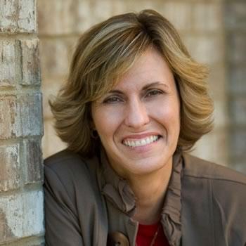 Kristin Exton